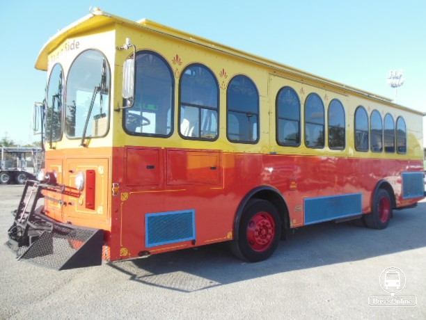 Freightliner Trolley Supreme Bus