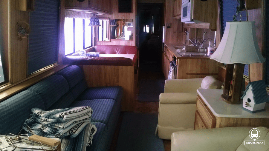1983 Prevost Liberty Lady