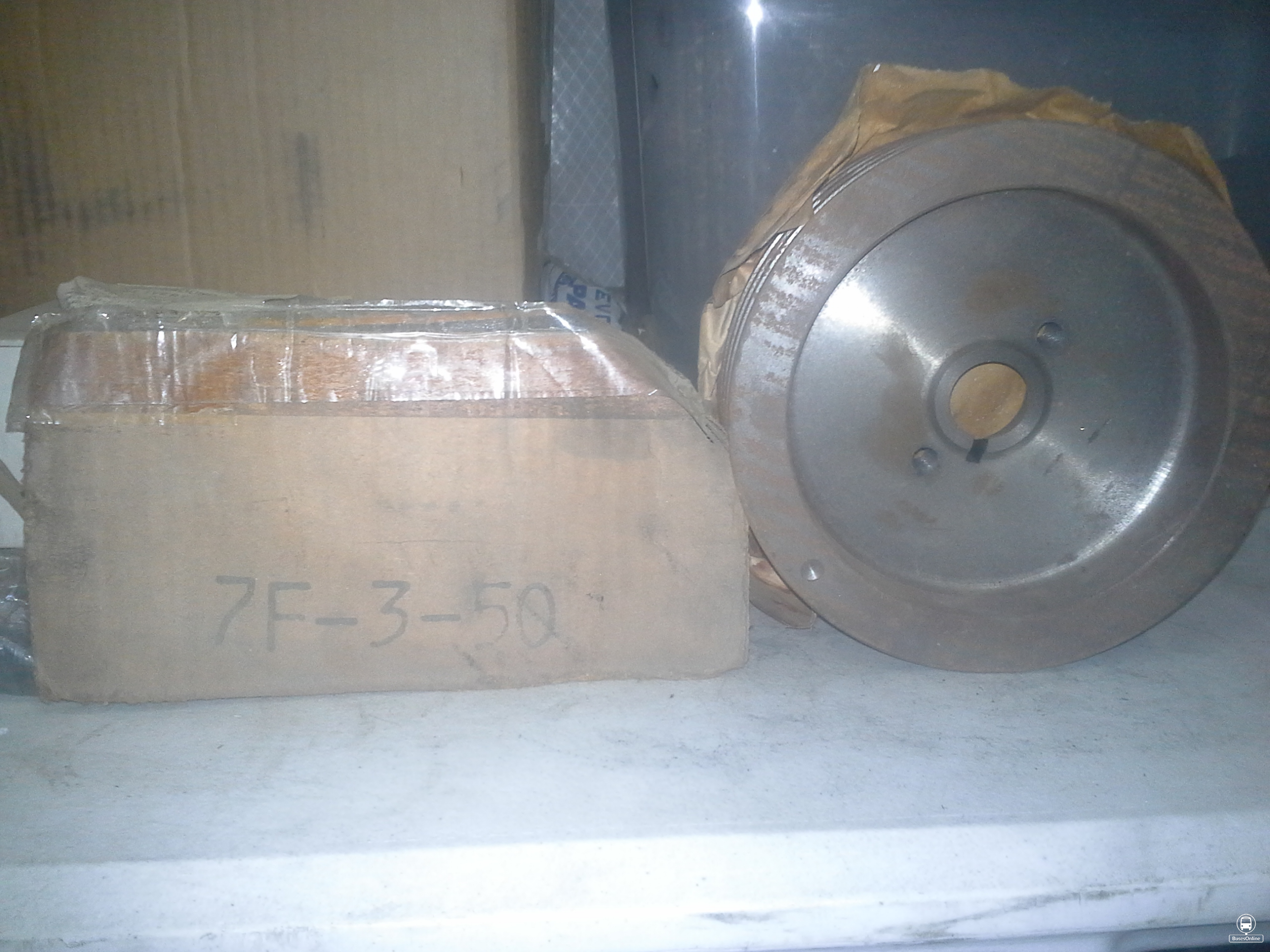 MCI BUS/DETROIT DIESEL mc5 - mc9 8V71 belt drive alternator 4 groove